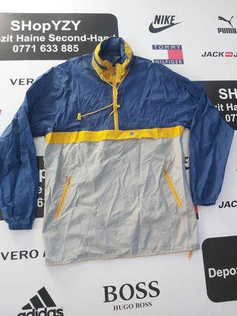 Depozit haine secind hand vinde jachete/pelerine ploaie