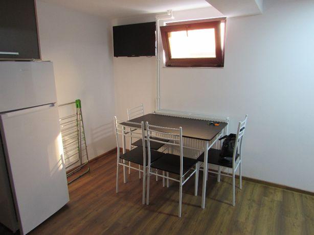 Inchiriez Apartamente cu 2 camere si Garsoniere ultracentral in Tulcea
