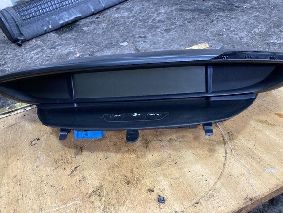Citroen C4 2005г монитор табло