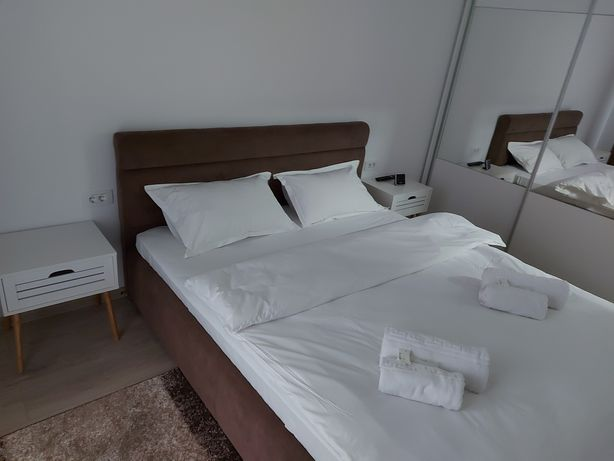 AMZA Apartments Brasov 3 - Cazare regim hotelier Pietonala Mall Coresi