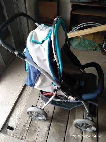 Детская   зимняя прогулочная коляска