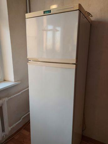 Продаю холодильник б/у