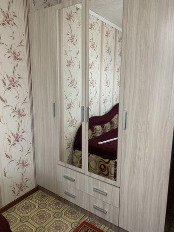 Шкаф 3х дверный