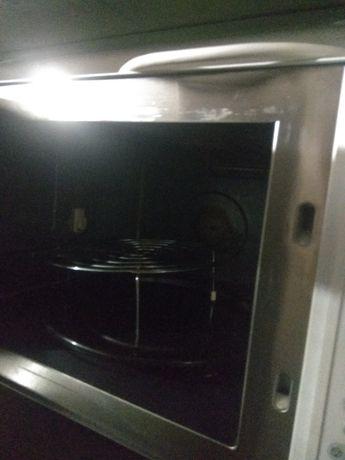 Продам микроволновая печь(духовка)