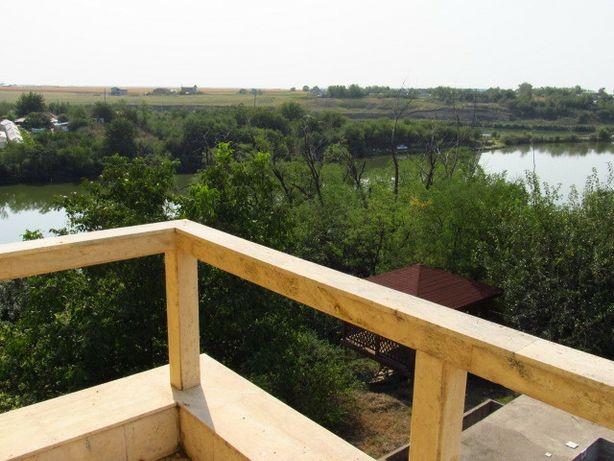 Vila cu vedere lac, Afumati