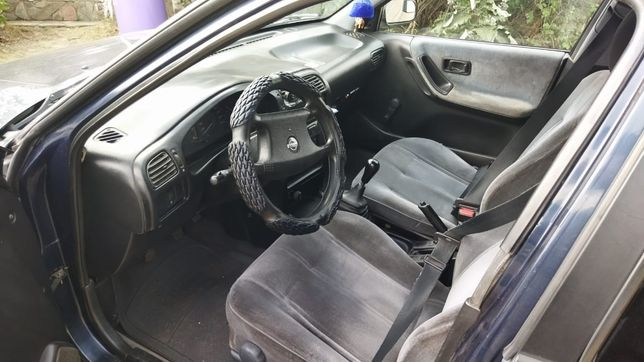 В продаже автомобиль Nissan Sunny