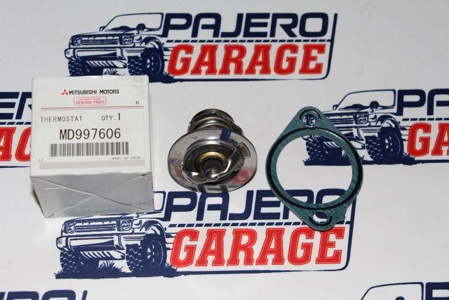 Оригинальный термостат Паджеро Pajero Делика Delica 4D56 4M40