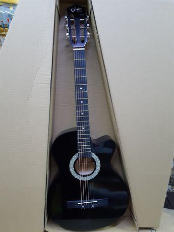 Продам гитару 38размер