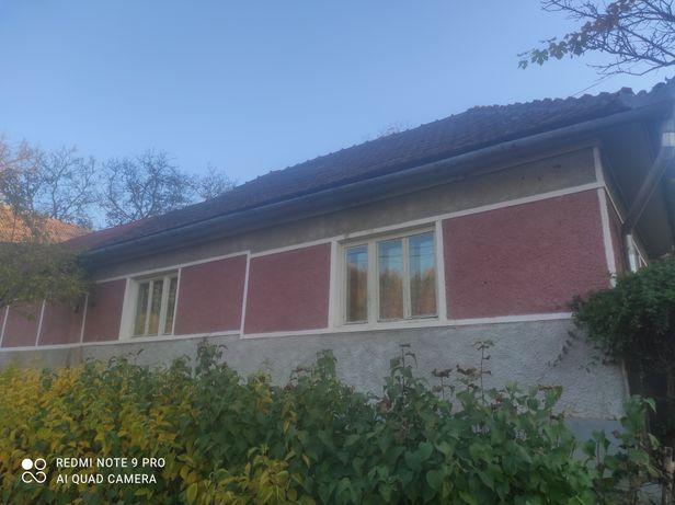 Vând casă în Bădăcin