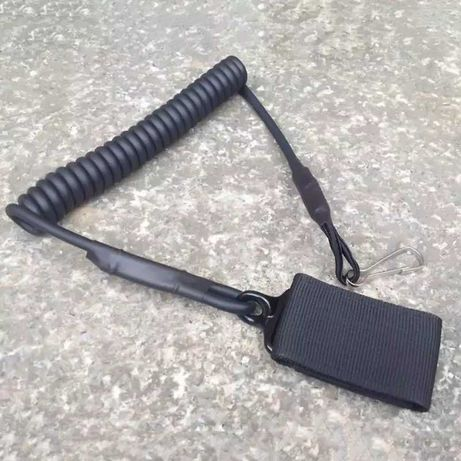 Тактически осигорителен кабел/шнур за оръжие.