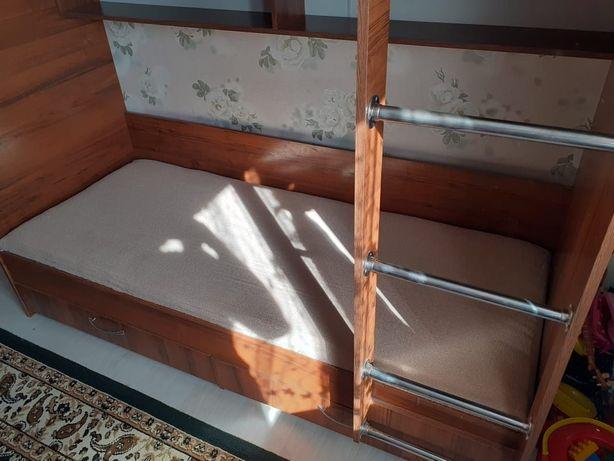 Детский мебель. Двухярусный кровать