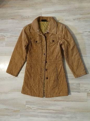 Кадифено вталено яке