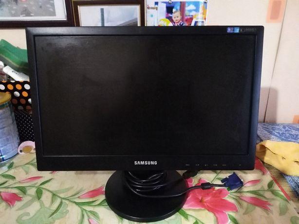 Монитор фирмы Samsung
