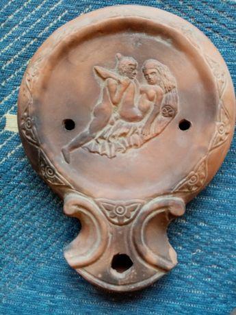 Антични маслени лампи