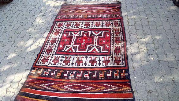Стар чипровски килим