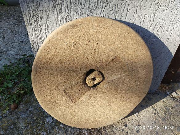 Воденични камъни за ръчна мелница