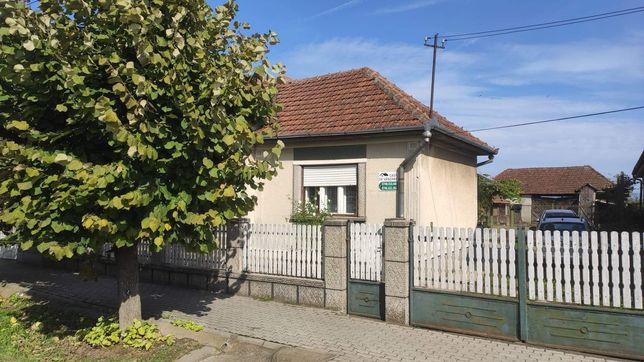 Casă de locuit zona centrală Livada