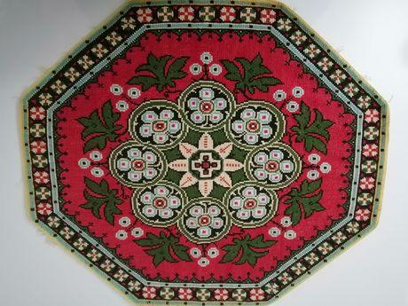 Carpeta cusută manual, 55-48cm