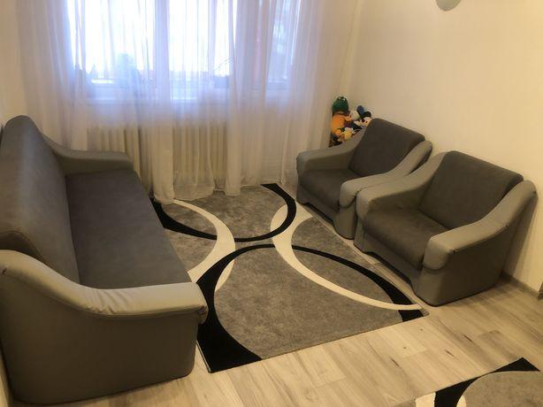 Vand urgent apartament 3 camere mobilat si utilat