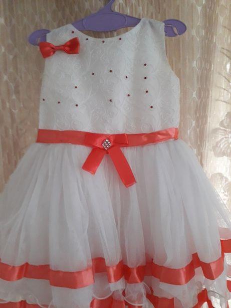 Продам отличное платье