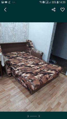 Срочно продам диван раскладывается