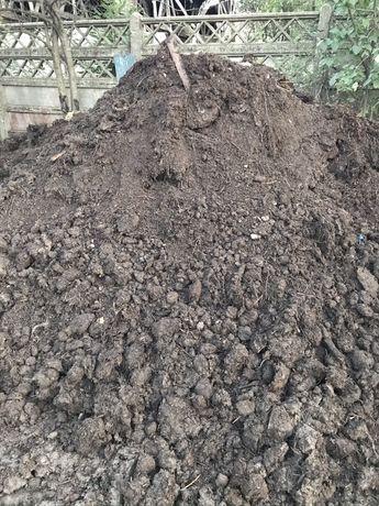Pamant negru vegetal de gardina solar