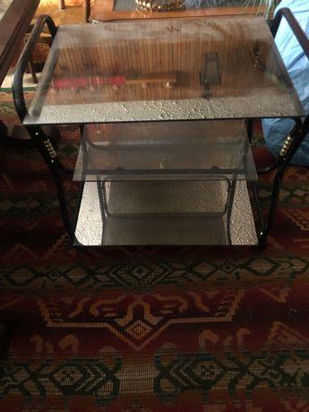 Стъклена ТВ маса