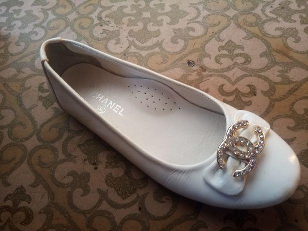 Туфли-шанель, новые, дёшево отдам.
