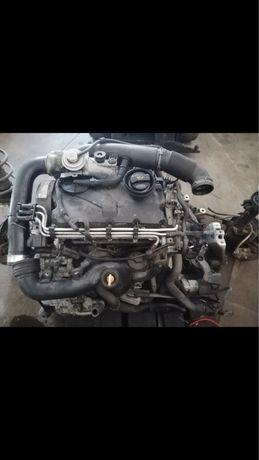 Двигател 1.9TDI 105p.s bkc volkswagen golf 5/touran/passat b6/audi a3