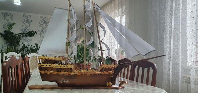 Продам корабль большой