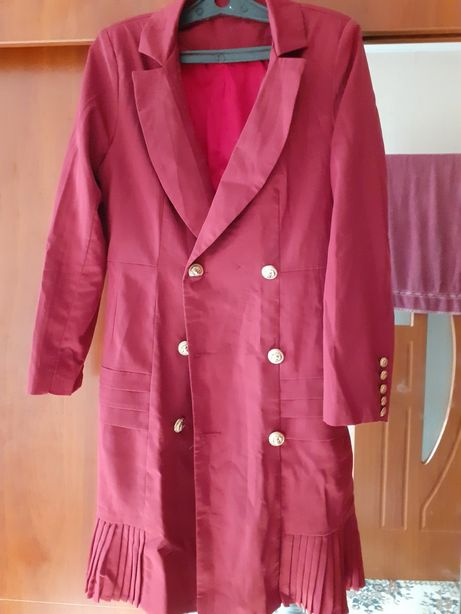 Срочно продам пиджак-платье за 4.000