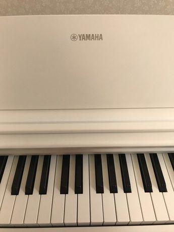 Yamaha Arius YDP-143 цифровое пианино