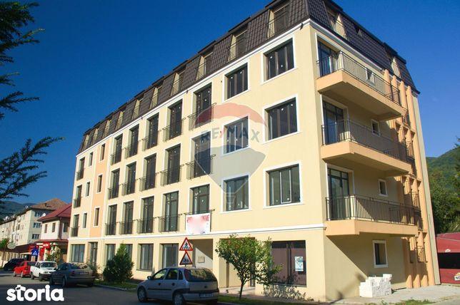 Apartament cu 3 camere de vânzare în zona Centrala, Nehoiu