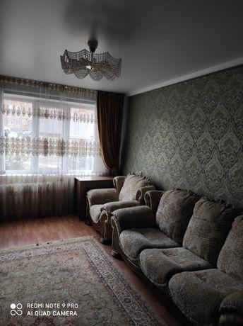 Срочно продам уголок отдыха. 2 дивана и 1 кресло