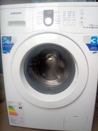 Продам стиральную машинку на 5 кг с гарантией