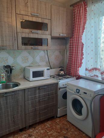 1 комнатная квартира посуточно в центре (ост. Урал)