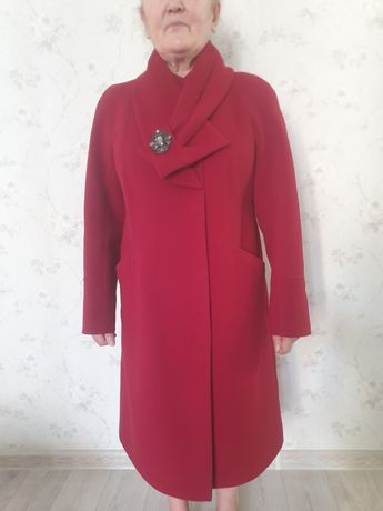 Продам пальто производство Россия