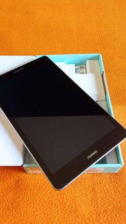 Vand tableta Huawei MediaPad T3 - Aproape noua !