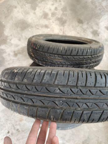 Vând cauciucuri Bridgestone 155/70 r13