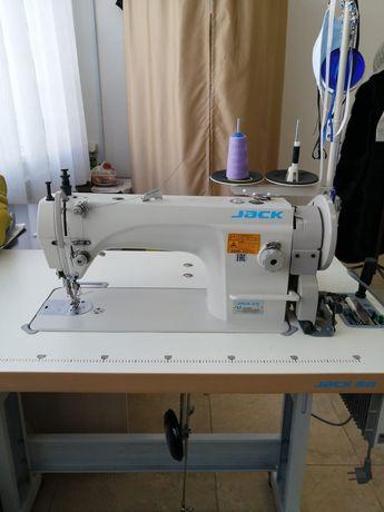 Продам швейнную машинку
