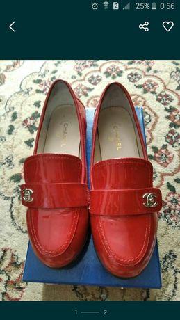 Туфли 38 размер , стильные