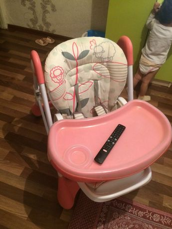 Детский стол ,в хорошем состоянии