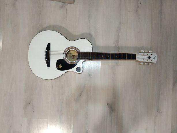 Гитара акустическое