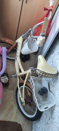 Детский велосипед для девочки лет 5-7