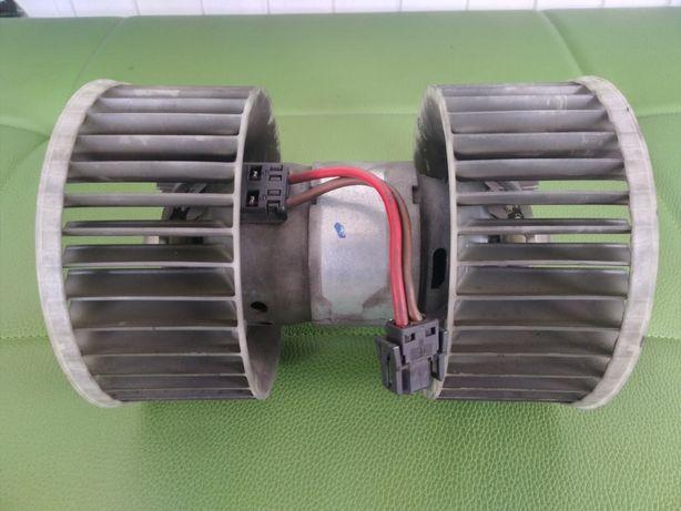 Моторчик печки, вентилятор отопителя, вентилятор печки Е83