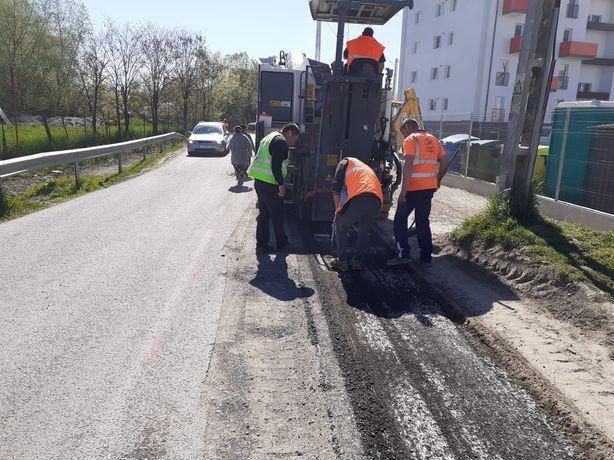 Frezare si turnare covoare asfaltice cu asfalt