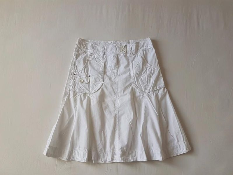 Esprit,оригинал, дамска пола, М размер с. Старо село - image 1