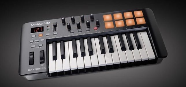 Продается midi клавиатура