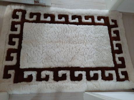 Set 2 covoare lana de camila!