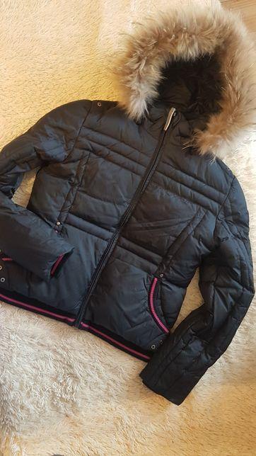 Продам женскую, зимнюю куртку OUTVENTURE
